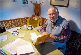 Seit den 80er-Jahren läuft Walter Baral, gegen die Ehrenbürgerwürde Adolf Hitler